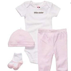 "Carter's Baby Girls ""Little Sister""4 Piece Layette"